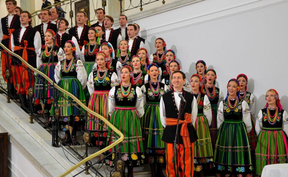 """Państwowy Zespół Ludowy Pieśni i Tańca """"Mazowsze"""" – koncert jubileuszowy. Grudziądz,  14 listopada 2020 <span class="""