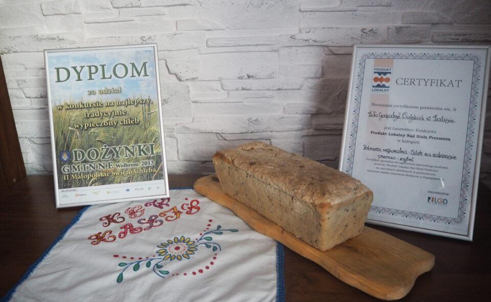 Pyszny domowy chleb – niezapomniany smak z dzieciństwa…