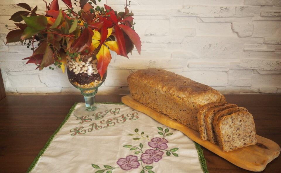 Chleb pszenny z prażonymi otrębami