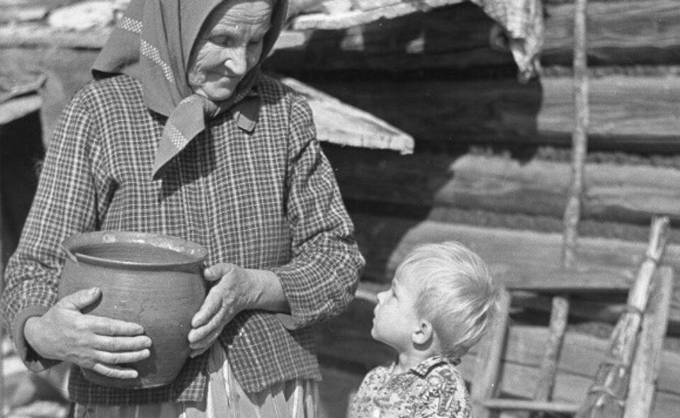 """Warsztaty online pn.: """"Prezent dla Babci i Dziadka"""" – Państwowe Muzeum Etnograficzne, 16. styczeń 2021 r. g. 15:00"""