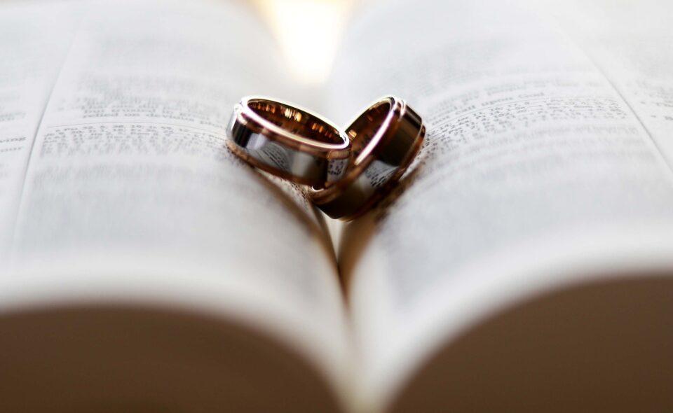 """""""W maju ślub, szybki grób"""" czyli kilka słów o przesądach ślubnych"""