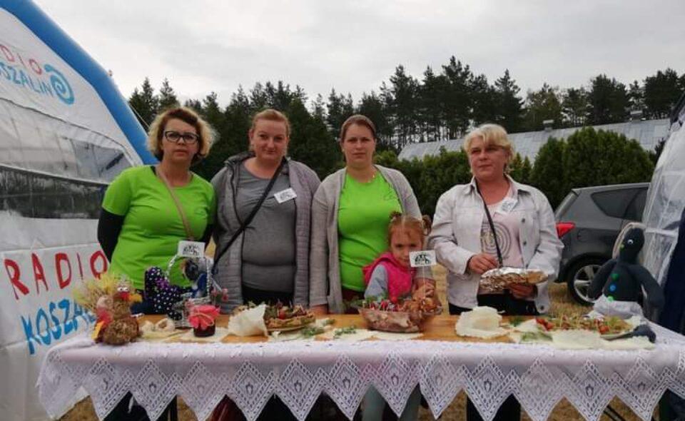 """Koło Gospodyń Wiejskich """"Gościnianki"""" w Gościnku"""